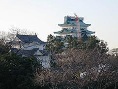 名古屋城は修復中