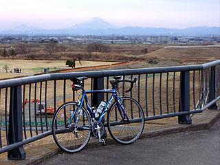 上江橋から富士山を望む