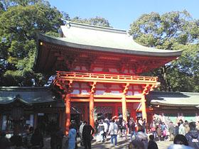 朱塗の楼門