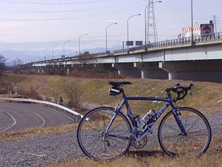 上江橋にて