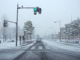 雪のステラタウン前