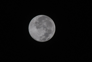 091005_am0_moon