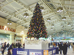 上野駅のX'masツリー