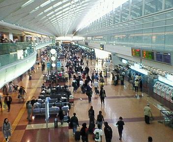 休日の羽田空港